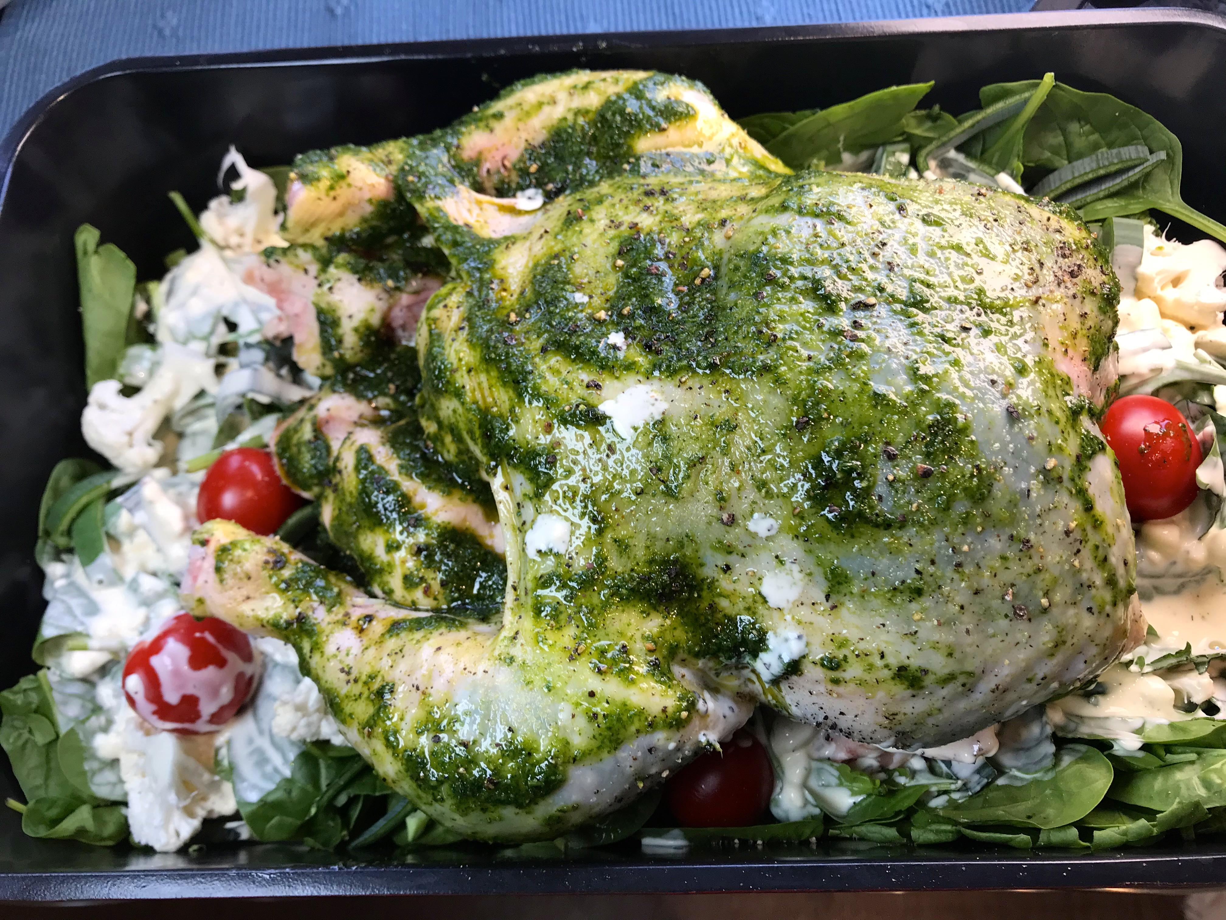 Helstekt kylling i ovnen med urteskinn Vol 1