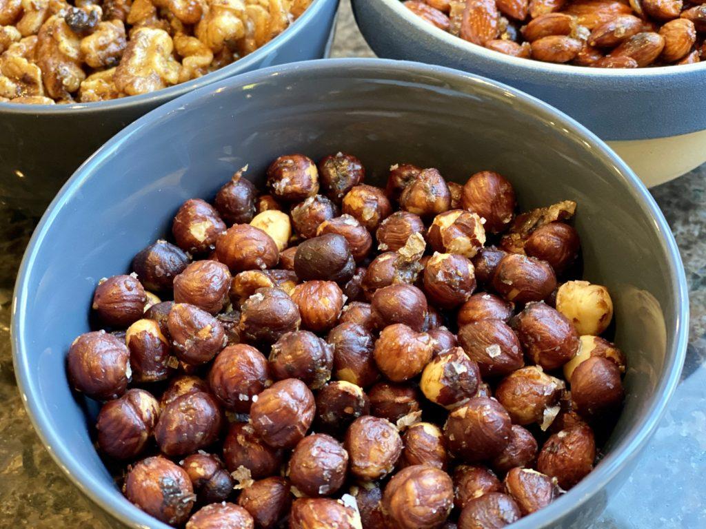 Smørristede nøtter med smak av søtt og salt